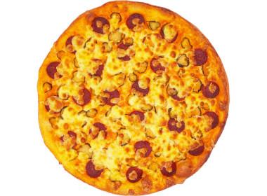 Пицца салями и огурцы